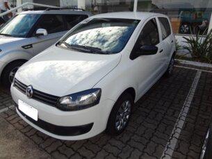 Super Oferta: Volkswagen Fox 1.6 VHT (Flex) 2013/2014 5P Branco Flex