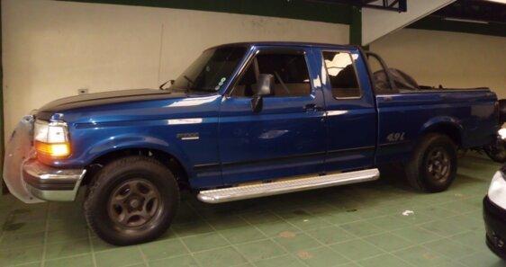 FORD F1000 XLT SUPER CAB 4X2 4.9 I  CAB ESTENDIDA