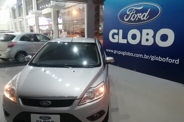 FORD FOCUS SEDAN GLX 2.0 16V  FLEX
