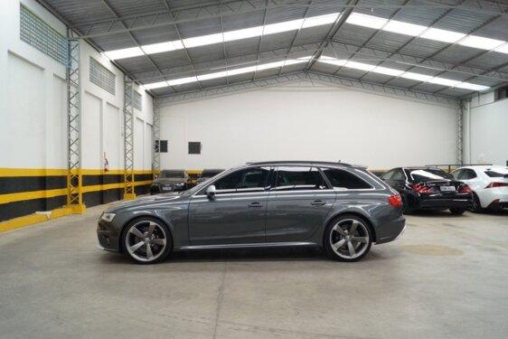 AUDI RS4 4.2 FSI AVANT S TRONIC QUATTRO
