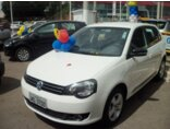 Volkswagen Polo Hatch. Sportline 1.6 8V I-Motion (Flex) (Aut) Branco