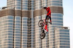 Temporada 2012 do Red Bull X-Fighters começa em Dubai