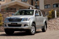 Toyota Hilux terá nova versão flex 4x2