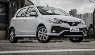Toyota Etios ganha nova frente na linha 2018