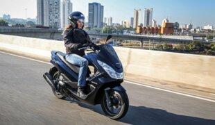 Na quinzena, Honda PCX 150 vendeu mais que a CG 125i