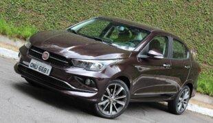 Fiat Cronos Precision AT: a versão top do sedã | Teste