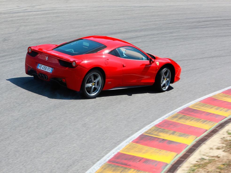 8b41094b74 ... 458 Italia Spider 4.5 V8, 458 4.5 Speciale DCT. Alterar versão. Fotos