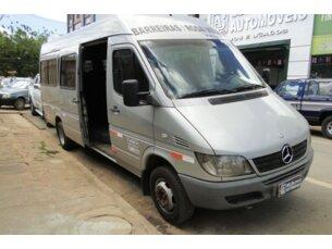 41ebccdca42 Mercedes-Benz Sprinter 413 CDI Van Luxo 20 lugares