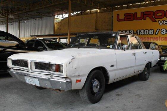 DODGE DART COUPE LUXO V8