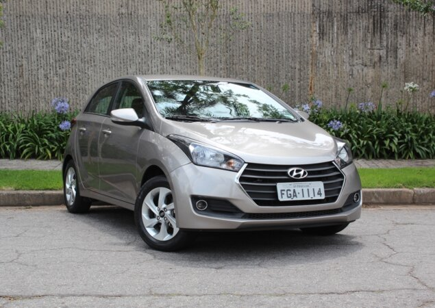O Hyundai Hb Custa R   Na Versao Comfort Style Com Cambio Manual