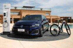 Volkswagen Golf GTE chega ao Brasil por R$ 199.990