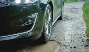 Novo Ford Focus é a prova de buracos, promete marca