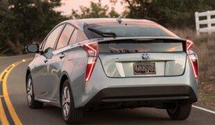 Toyota Prius vende mais que VW Golf em junho